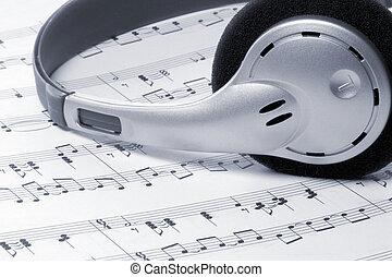 אזניות, מוסיקה