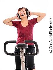 אישה בכירה, מוסיקה, להסתבב, להקשיב