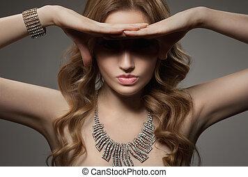 אישה יפה, תכשיטים, עצב, מותרות, דמות
