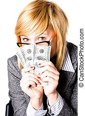 אישת עסקים, כסף