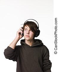איש, מוסיקה, הקשב