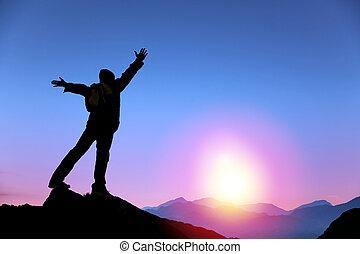 איש, עלית שמש, הר, להסתכל לעמוד, הציין, צעיר