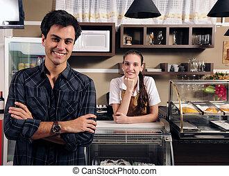 בעל, בית קפה, מלצרית