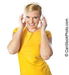 גברת, לחייך, מוסיקה, צעיר, להקשיב
