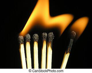 גפרורים, להשרף