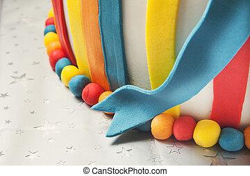 יום הולדת, צבעוני, עוגה