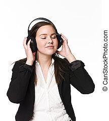 ילדה, מוסיקה, הקשב