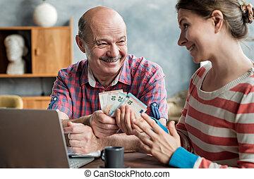 ילדה, משכן, olderly, איש, נותן, loan., סטודנט, כסף, שלו, ספרדי, או