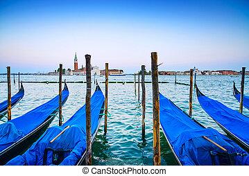 כחול, גיורגיו, סן, ונציה, איטליה, gondole, מאגגיור, גונדולות, שקיעה, רקע., כנסייה, ציון דרך, europe., דימדומים, או