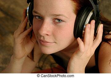 להנות, מוסיקה, 7