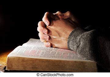 להתפלל ידיים, מעל, תנך קדוש