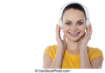 מוסיקה מקשיבה