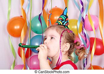 מפלגה, קטן, ילדה של יום ההולדת