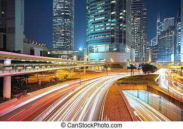מרכז העיר, לילה, תנועה, תחום