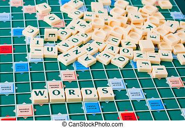 משחק, מילים