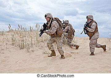 צבא, מבצע