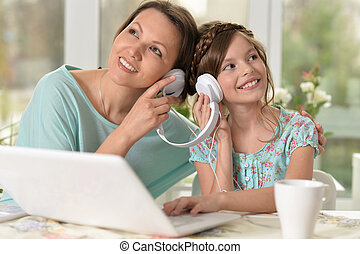 קטן, אישה, מוסיקה, ילדה, להקשיב