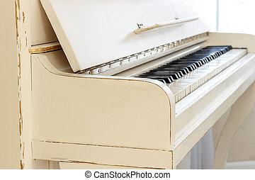 שחק, הופעה, concept., פסנתר, תמוך, גדול, כלי, לבן, keyboard., instrument., piano., כלי, למד, פסנתר, home., מוסיקלי, הבט