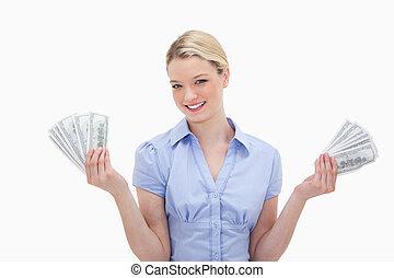 שלה, כסף, ידיים, להחזיק, לחייך אישה