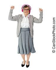 שמח, מוסיקה, אישה, להנות, הזדקן