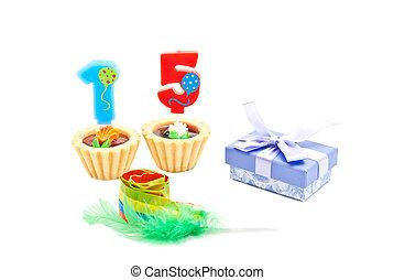 שרוק, עוגות, נרות, חמשה עשר, מתנה של יום ההולדת, שנים, לבן