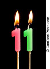 11, מושג, דמויות, להשרף, אחד עשר, נרות, הפרד, יום הולדת, חופשה, לחגוג, יום שנה, מסגרת, שחור, רקע., יצור, עוגה, שולחן, dates), (numbers, תארך, חשוב