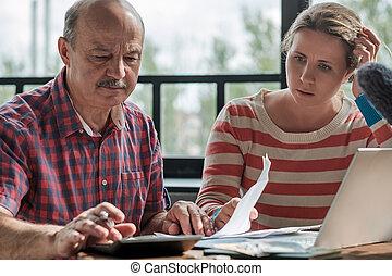 olderly, איש, daughter., כסף, לספור, שלו, ספרדי